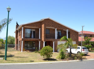 4 Bedroom House for Sale in Kleinbron Estate
