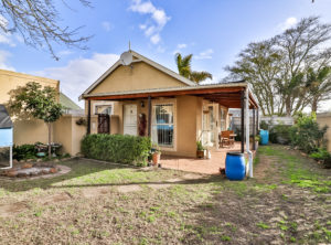 Ideal Starter Home with lots of potential in Vredekloof