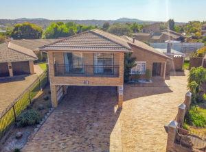 Beautiful 4 Bedroom Property in ever popular Vredekloof! (24 Security Area)
