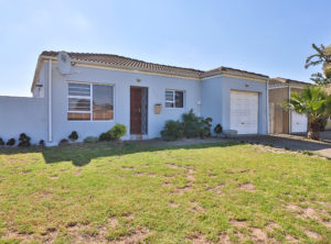Renovated 3 Bedroom Property ideal for Starting out or Scaling down!