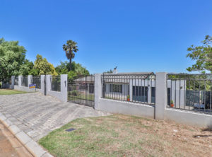 4 Bedroom House For Sale in Vredekloof.