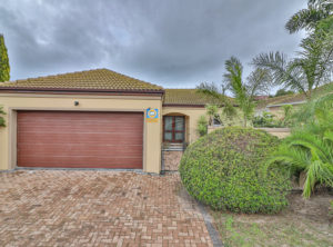 Low Maintenance Family Home! Neat as a Pin! Just move in!